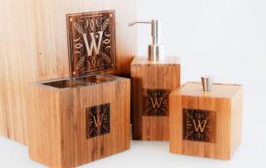 wd-engraved-bamboo-bathroom-set